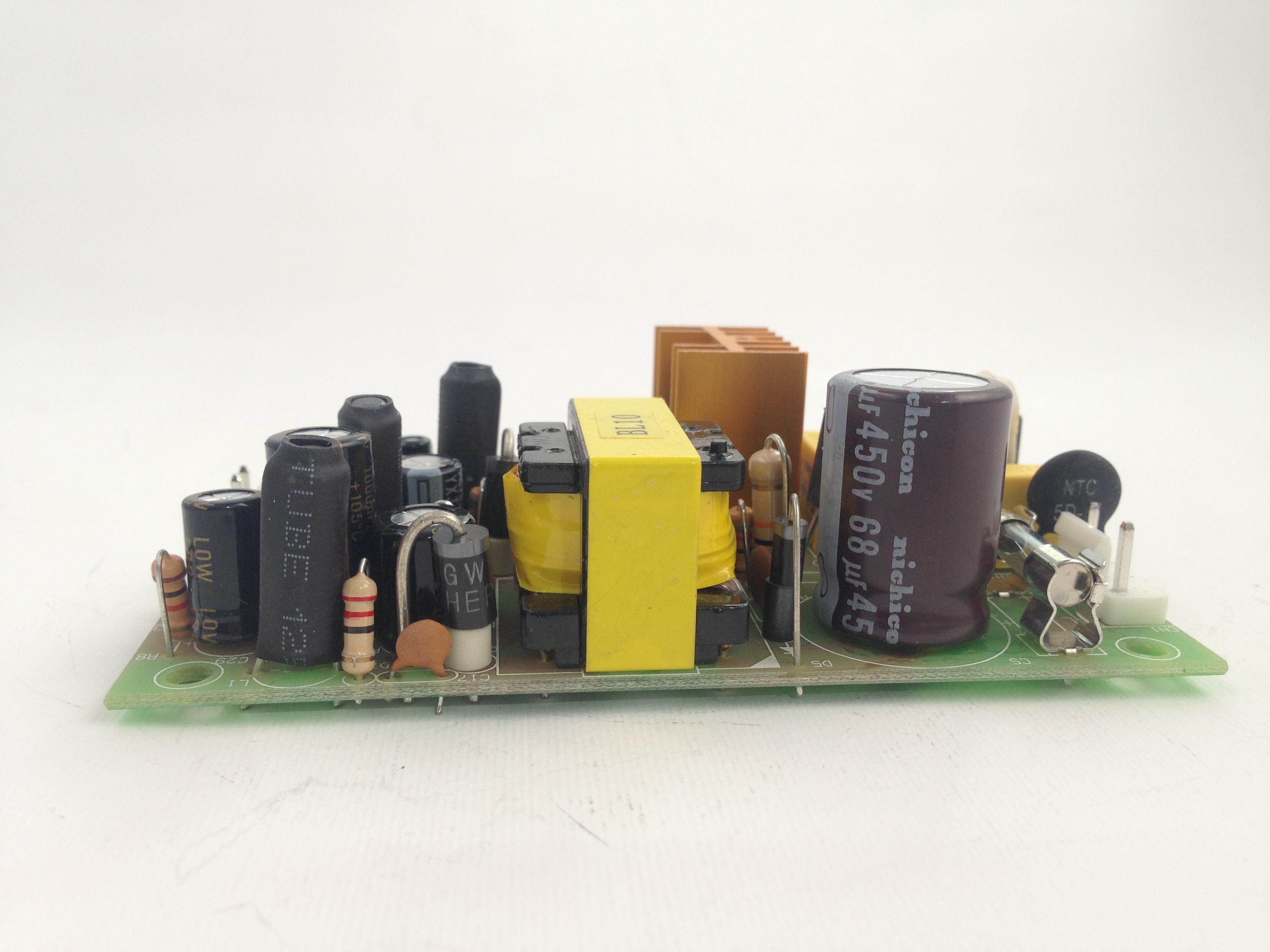 Articoli per lilluminotecnica e impianti audio amlux s.r.l